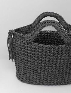 Bag with star mesh - crochet pattern - fabrics & wool - # crochet pattern . Fabric Patterns, Knitting Patterns, Crochet Patterns, Clothes Encounters, Bags Travel, Honeycomb Pattern, Lang Yarns, Sock Yarn, Free Knitting