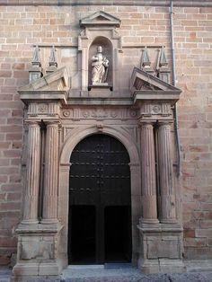Basílica menor de Santa Marìa Linares.