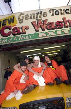 """Jackass: The Movie"" Stars Wash Cars"