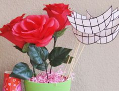 Alice in Wonderland Birthday Party Ideas | Photo 1 of 12