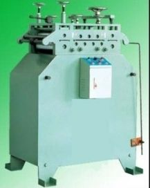 LA STRAIGHTENER  is used independently as well as being used together with MT material Cradle(Single Coil Decoiler/Uncoiler) input shelf or Both-Head Coil Cradle
