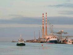 Ringsend Golden Gate Bridge, Dublin, Sailing Ships, Boat, Spaces, Travel, Dinghy, Viajes, Boats