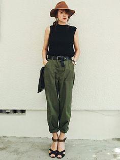 ファッションのアクセントとして、太ベルトを使ったコーディネートが流行しています。細めより今年は太め。そんな太ベルトのトレンドコーデをご紹介します。