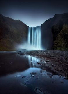 Long exposure waterscape photography in Skogafoss waterfall, located in Iceland, shot by landscape photographer José Ramos Landscape Photography Tips, Exposure Photography, Landscape Photographers, Amazing Photography, Nature Photography, Travel Photography, Cool Pictures Of Nature, Cool Photos, Beautiful Pictures