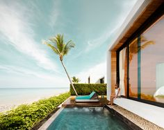 One of the best new hotels by Conde Nast Traveller's Hot List 2012 and the winner from Travelers' Choice 2013...