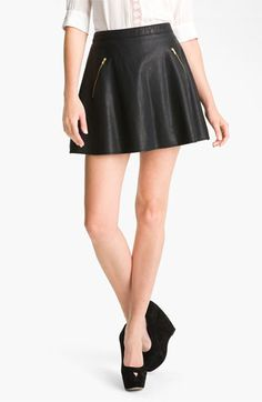 Give luxe-texture to your after-five looks with this leather skirt by @FreePeople.  #freepeople #leather