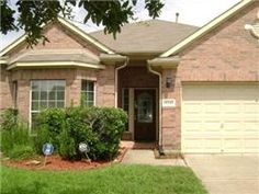 $ Another happy homeowner move in this week in Sugar Land, TX 77498!  SOLD by Ben Huynh, REALTOR®. I Can Sell Yours.   Call or Text my personal cell at 1 832 607 1678 I always answer.   #BenHuynhREALTOR