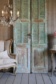 Creative uses for old shutters - Christinas AdventuresYou can find Old shutters and more on our website.Creative uses for old shutters - Christinas Adventures Vintage Shutters, Diy Shutters, Decorating With Shutters, Repurposed Shutters, Salvaged Doors, Bedroom Shutters, Vintage Doors, Repurposed Wood, Vintage Door Decor
