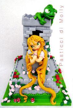 Rapunzel & Pascal.  Tangled #Disney #cake