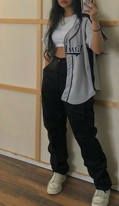 tomboy outfits for school ~ tomboy outfits ; tomboy outfits for school ; Tomboy Fashion, Teen Fashion Outfits, Mode Outfits, Retro Outfits, Streetwear Fashion, Fasion, Skater Girl Outfits, Girl Streetwear, Skater Girl Fashion