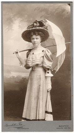 Egy pesti hölgy - Forrás: edwardian-time-machine.tumblr.com