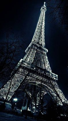 a trip to Paris not the actual Eiffel Tower (future note for Ethan) Eiffel Tower Painting, Eiffel Tower Art, Eiffel Towers, Eiffel Tower Photography, Paris Photography, Beautiful Paris, Paris Love, Paris Pictures, Cool Pictures