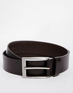 Gürtel von Esprit 100% Leder glatte, matte Oberfläche schmaler Riemen mit passender Schlaufe Dornschließe silberfarbene Metallelemente Mit einem geeigneten Lederpflegemittel behandeln