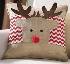 I have to get this reindeer pillow wrap for Christmas