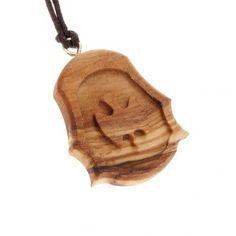 collares tallados en madera - Buscar con Google