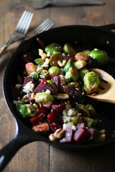 Honey-Glazed Brussels Sprouts and Beets #sidedish #vegetarian @roastedroot