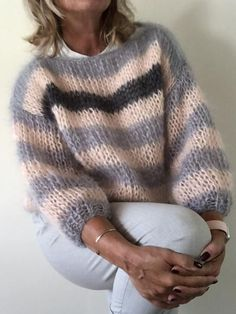 Diy Crafts - Casual Over Sized Striped Sweater Pullover – sclinen Gilet Mohair, Mohair Sweater, Cable Knit Sweaters, Gros Pull Mohair, Womens Linen Clothing, Vogue Knitting, Sweater Knitting Patterns, Warm Outfits, Pulls