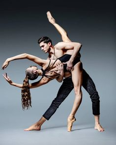 The beauty of these two dancers is breathtaking, Georgeta Varvarici with Staatsballett Berlin and Marcello Letizia with Friedrichstadt Palace Berlin Photo ©️ Dean Barucija Photography Dance Photography Poses, Dance Poses, Ballerina Photography, Ballet Pictures, Dance Pictures, Modern Dance, Dance Movement, Ballet Beautiful, Action Poses