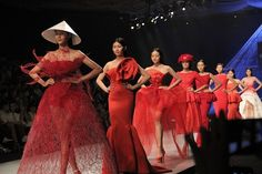 900 designs on show at VN Spring/Summer 2016 Fashion Week  The Vietnam Spring/Summer 2016 Fashion Week will take place fromSeptember 25-28 in Hanoi, bringing 900 new designs by 17 designers fromVietnam, Malaysia and Italy to the catwalk.   Vietnam Tour Expert Help: www.24htour.com Halong Bay Cruises Tour  Expert Help: www.halongcruises.com.au  #24htour  #vietnamtravelnews #vietnamnews #traveltovietnam #vietnamt