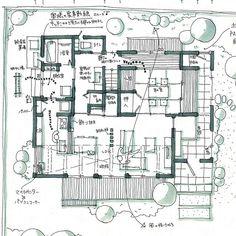 MIO DESIGN OFFICEさんはInstagramを利用しています:「土間からも行ける和室のある家。 ✳︎ 仏間のある和室なので、ちょっとしっかり目の和室になっています。 来客用にも使えるようにトイレも近い位置に。 敷地が広めだったので、東側、北側にも和室から見えるお庭を作ってます。 ✳︎ ✳︎ ✳︎…」 Architecture Concept Drawings, Japan Architecture, Architecture Design, Floor Plan Sketch, Floor Plan Drawing, Interior Sketch, Modern Interior Design, Architectural Floor Plans, Book Cafe