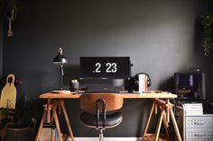Bedroom Workspace, Bedroom Setup, Workspace Design, Gamer Bedroom, Bedroom Decor, Gaming Room Setup, Pc Setup, Gaming Rooms, Home Office Setup