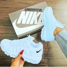 Women Tennis Shoes New Balance - Schuhe Damen Tenis Nike Air, Nike Air Shoes, Adidas Shoes, Cute Nike Shoes, Jordan Shoes Girls, Girls Shoes, Shoes Women, Moda Sneakers, Shoes Sneakers