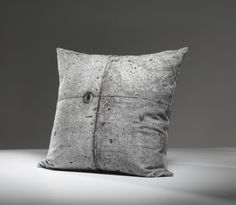 Tom Haga - Concrete Pillows