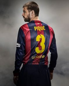 GOOOOOOOOOOOOOOOOOOOOOAAAAAAAL! Gerard Piqué FC Barcelona vs Córdoba (3-0) Min 79 Neymar, Messi, Barcelona Shirt, Soccer World, Club, Football Players, Funny Tshirts, Motorcycle Jacket, T Shirt