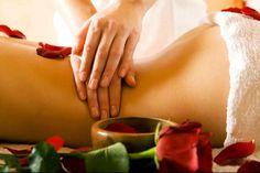 Massages Bien qu'un simple massage soit déjà très appréciable, les effets du massage sont cumulatifs et l'on tirera bien plus de profit d'un traitement étalé sur plusieurs séances. Trois raisons pour lesquelles le massage est un anti-douleur : Il augmente les taux de sérotonines qui inhibent la transmission des signaux douloureux au niveau cérébral. Il entraîne la production cérébrale d'endorphines (substance ayant des propriétés analgésiques semblables à la morphine). .