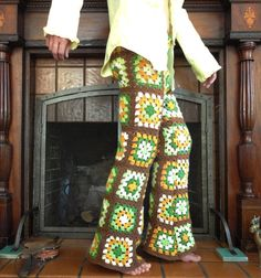 Super Funky Disco Crochet Squares Afghan Pants Recycled Tall Size men in crocheted pants Crochet Men, Crochet Pants, Mode Crochet, Crochet Skirts, Vintage Crochet, Crochet Clothes, Crochet Squares Afghan, Crochet Granny, Granny Squares