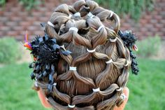 halloween hair love this one! I'd do it any time of the year without the halloween colors!