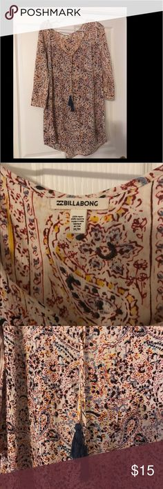 Billabong boho style dress Paisley print bohemian style dress, perfect for spring and summer! Billabong Dresses Mini