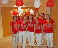 TweeStedenziekenhuis @TweeStedenzkh  - #dressredday2013 Dames cardiologie in het rood om aandacht te vragen voor hart- en vaatziekten bij vrouwen @Hartstichting pic.twitter.com/iiHvGQLnZB