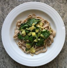 The 'I-Have-No-Time-To-Make-Pasta-Sauce' Sauce: Green Diva Edition