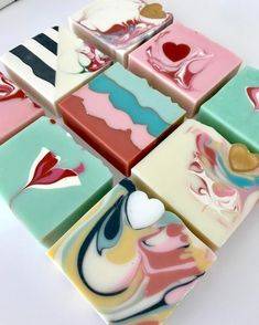 "1,240 mentions J'aime, 57 commentaires - Tania (@soap.ish) sur Instagram : ""Alllll the valentine #soaps"""