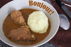 Foufou et poulet à la sauce d'arachide