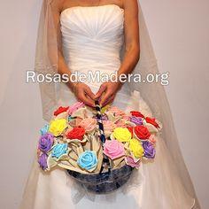 Cesta+de+rosas+de+goma+eva Mini, Wooden Flowers, Unique Gifts, Jelly Beans, Hampers, Handmade