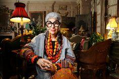 A maior mentira da moda é se olhar no espelho e não enxergar a si mesmo. Iris Apfel