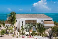 Beach Enclave North Shore, nine luxury villas in the Turks and Caicos open for rentals starting November 2016.