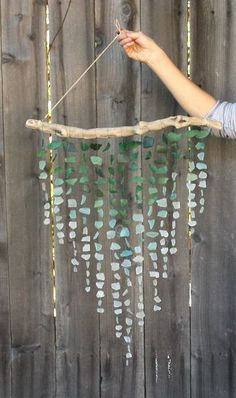 Drift Wood Ideas Sea Glass Wind Chimes 26 Ideas For 2019 Sea Glass Crafts, Sea Glass Art, Stained Glass Art, Fused Glass, Beach Crafts, Diy And Crafts, Arts And Crafts, Broken Glass Art, Broken Glass Crafts