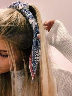 Best Stores to Buy Scrunchies & ., Best Stores to Buy Scrunchies & Scrunchie Hairstyles - Design & Roses There is not any downside to turning through a spg tresses craze report. Scarf Hairstyles, Messy Hairstyles, Pretty Hairstyles, Hairstyle Ideas, Updos Hairstyle, Scrunchy Hairstyles, Summer Hairstyles, Glasses Hairstyles, Vintage Hair