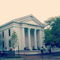 ~~ the Nantucket Atheneum is a very, very special place... also great for free wifi ~~