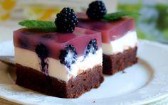 12 najlepších tvarohových dezertov, ktoré by mala poznať každá gazdinka Pie Dessert, Dessert Recipes, Cookie Cups, Cake Bars, Christmas Sweets, Sweet Cakes, Coco, Kids Meals, Nutella