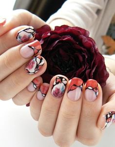 Gorgeous nail art. flowers in water.