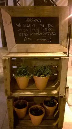 Retrogusto, Bar con cocina. Madrid. www.retrogusto.es