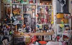 Louis Chan Takes An Intimate Look Inside The Homes Of Chinese American Families
