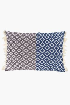 This scatter cushion boasting an ombre weave design and a tassel detail has a unique finish that will add texture to your decorating style. Ombre Weave, Scatter Cushions, Decor Styles, Weaving, Texture, Fabric, Oatmeal, Cotton, Lounge