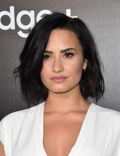 Demi Lovato Bob - Hair Lookbook - StyleBistro