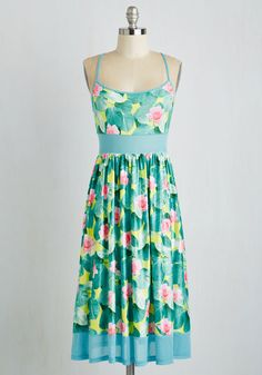 Haute Haute Heat Dress. When the weather starts to heat up, keep cool in this flirty midi dress. #multi #modcloth