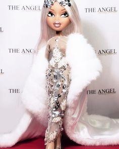 Pink Tumblr Aesthetic, Bad Girl Aesthetic, Red Aesthetic, Bratz Doll Outfits, Black Bratz Doll, Pink Wallpaper Girly, Brat Doll, Bratz Girls, Fashion Dolls